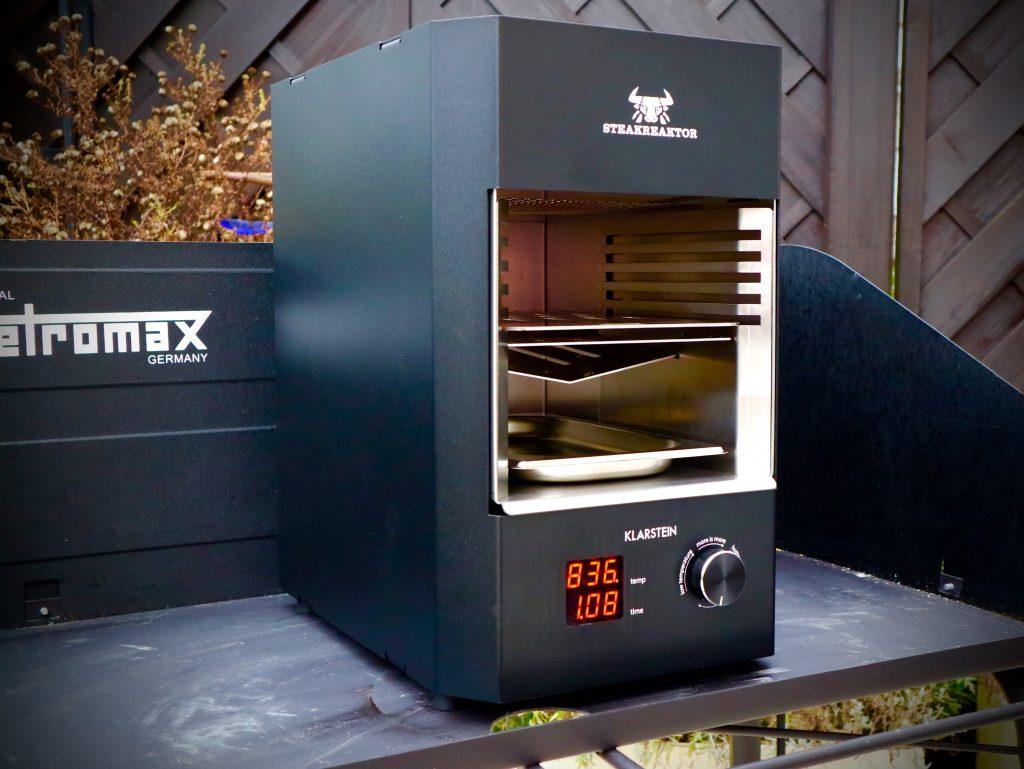monster mit stecker der steakreaktor 2 0 von klarstein berg 39 n 39 beef. Black Bedroom Furniture Sets. Home Design Ideas