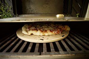 Outdoorküche Mit Gasgrill Cover : Moesta bbq pizzacover perfekte pizza vom gasgrill bbqpit